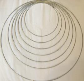 Metalen ring 35cm