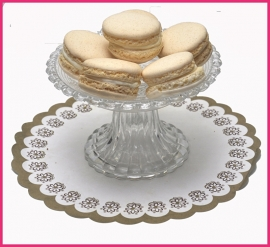Macaron roomwit (Cointreau) per stuk.