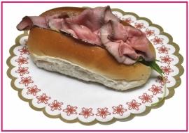 Broodje met gebraden Rosbief.