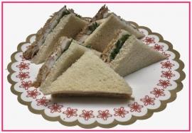 Mini Sandwiches gerookte Paling per 2 stuks..