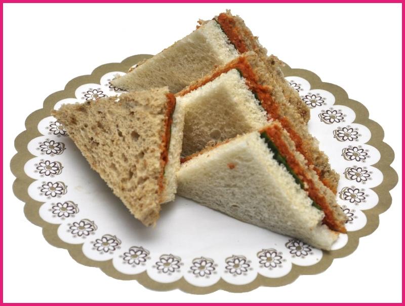 Mini Sandwiches Filet American per 2 stuks.