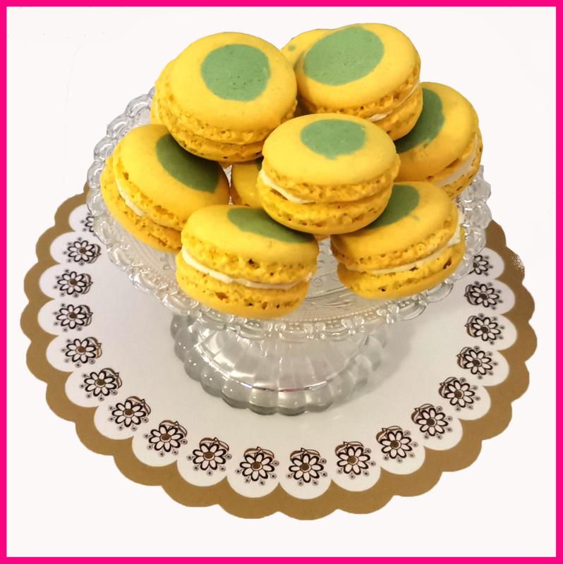 (Nu  vernieuwd)Macaron lichtgeel/groen (Limoncello) per stuk