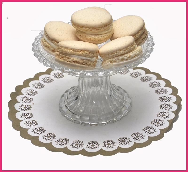 Macaron roomwit Vanille per stuk.