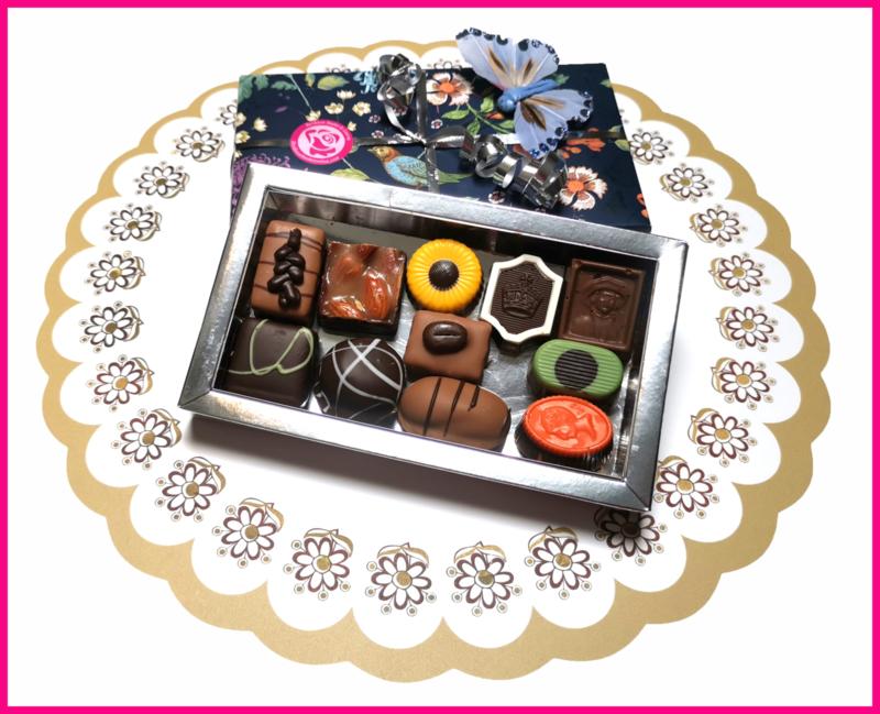 Doosje bonbons ± 220 gram.