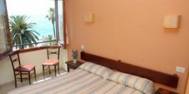 Lloret de Mar, Hotel Maeva*  ( de Jong Intra )