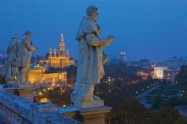 9 daagse busreis Praag - Wenen - Bratislava - Boedapest (van der Valk)