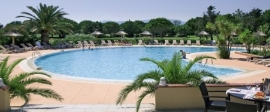 Languedoc-Roussillon / St. Cyprien, Hotel Le Mas d'Huston Golf & Spa  ( De Jong Intra )