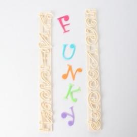 FMM Cut Funk,  Funky Alfabet en cijfers uitstekers set   FMM-CF