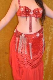 Rood, Spaansachtig kostuum