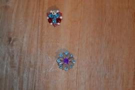 Knoop, turquoise / rood