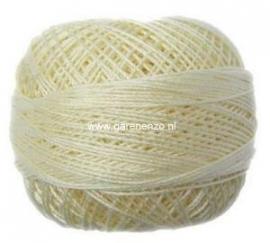 Venus Crochet 70 - 520 Ivory