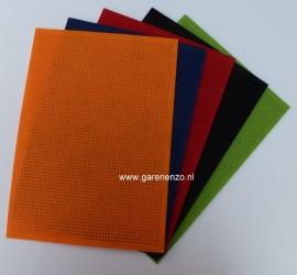 Borduurvilt gekleurd  (5 stuks)  21 x 29,5 cm