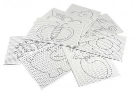 8 x Voorbedrukt wit borduurkarton