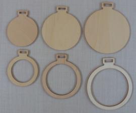 3 houten mini borduurhangers / lijstjes ROND