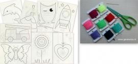 Borduurpakket met 8 witte borduurkaarten