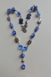 201329 Blauwe ketting (zelfmaakpakket)