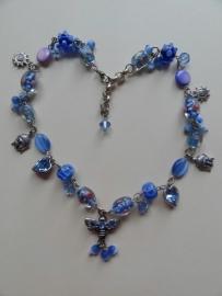 201413 Blauwe ketting