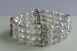 201295 Witte armband