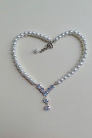 201308 Witte ketting