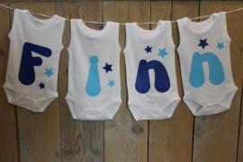 Geboorteslinger van rompers licht blauw en kobalt