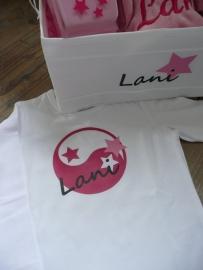Shirtje met item geboortekaartje