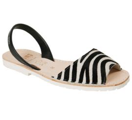 100PW Pony Zebra