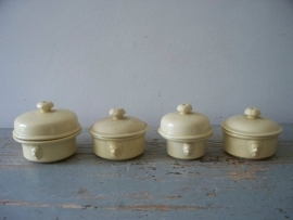 4 oude Franse patepotjes SOLD