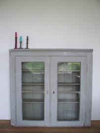 Antieke Franse vitrinekast / glaskast SOLD