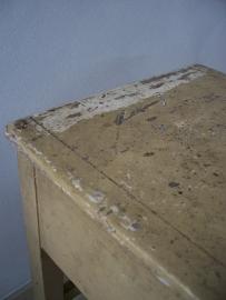 Oude kruk/bijzettafeltje met klep SOLD