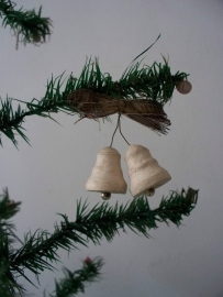 Oud kerstklokje van watten SOLD