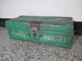 Oude metalen kist uit India