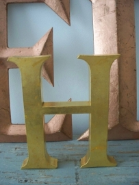 Industriele letter H SOLD