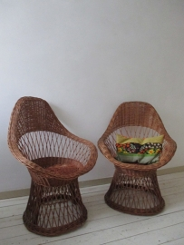 Vintage rieten stoeltjes SOLD