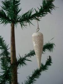 Oude ijspegel  / kerstbal watten SOLD