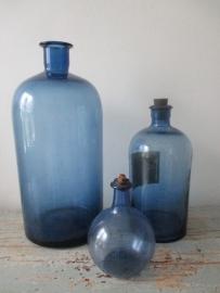 Antieke blauwe apothekersflessen SOLD