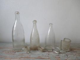 Oude drinkflesjes voor vogels SOLD
