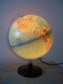 Globe / wereldbol lamp SOLD