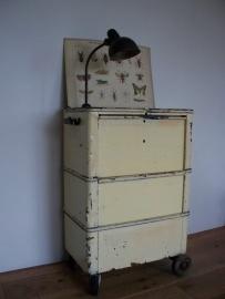 Oude industriele gereedschapskast / trolly SOLD
