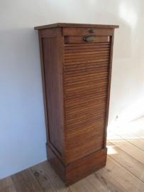 Oude archiefkast met roldeur SOLD