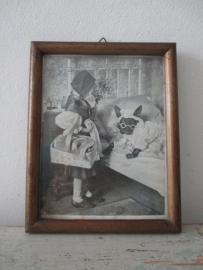 Oud lijstje met foto van rood kapje SOLD