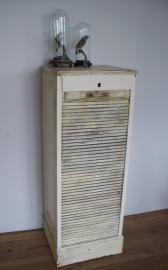 Oud archiefkastje met roldeurtje SOLD