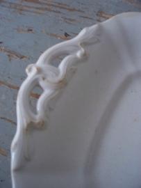 Antiek schaaltje ( petrus regout ) SOLD