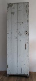 Industrieel houten locker SOLD