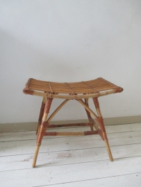 Oude rotan rohe stoel kruk SOLD