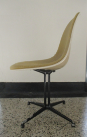 la Fonda chair by Charles en Ray Eames for Herman Miller SOLD