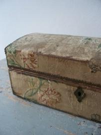 Franse doos bekleed met zijde SOLD