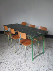 Industriele tafel / tuintafel / bureau uit het leger SOLD