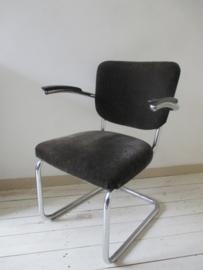 Buisframe stoel van Gispen De Wit sledestoel SOLD