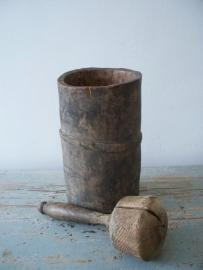 Antieke houten vijzel SOLD