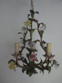 Kroonluchtertje met bloemen